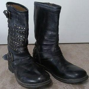 Bed|Stu studded biker western boots 8.5